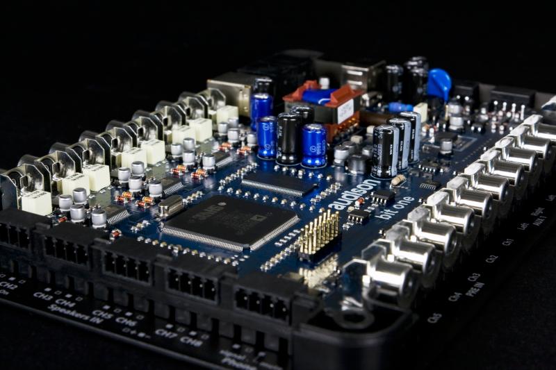 Аудио процессор Audison Bit One